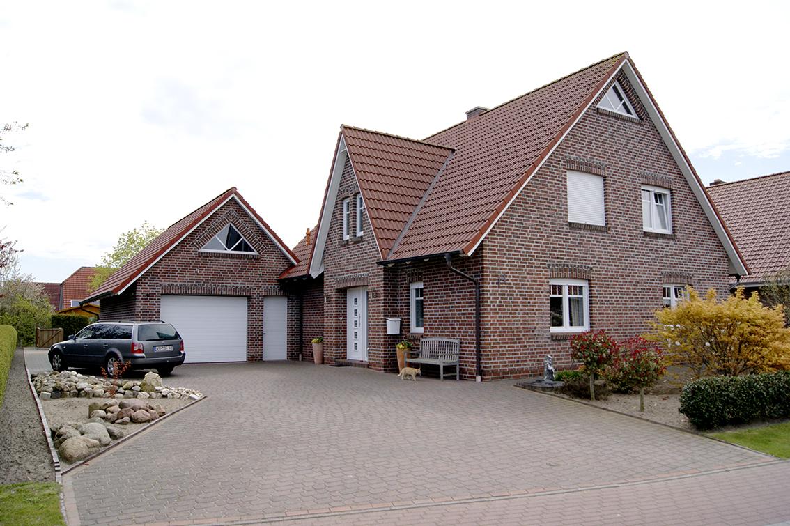 Bauunternehmen Marco Bents Dreigiebelhaus 01